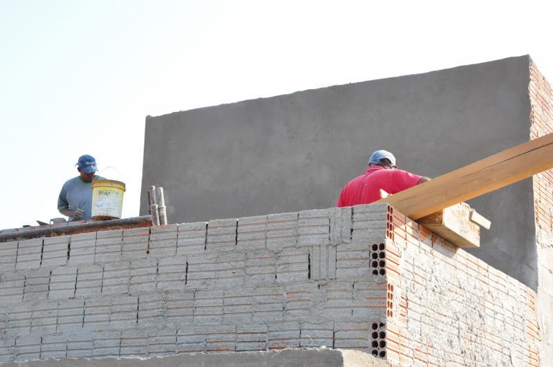 Arquivo - Um dos destaques em 2019 foi a construção civil, que fechou em alta