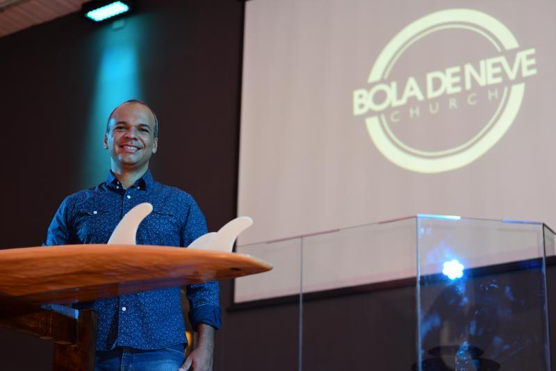 Paulo Miguel - Rodrigo acredita que a nova proposta da igreja neopentecostal atrai público à religião