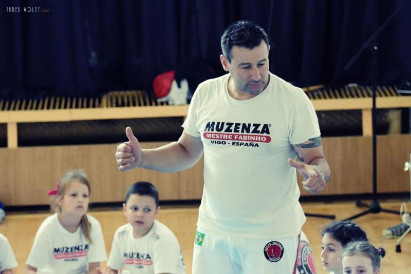 Fotos: Reprodução - Capoeirista Fábio Jordão que atua na Europa há 15 anos é o convidado para vivência amanhã