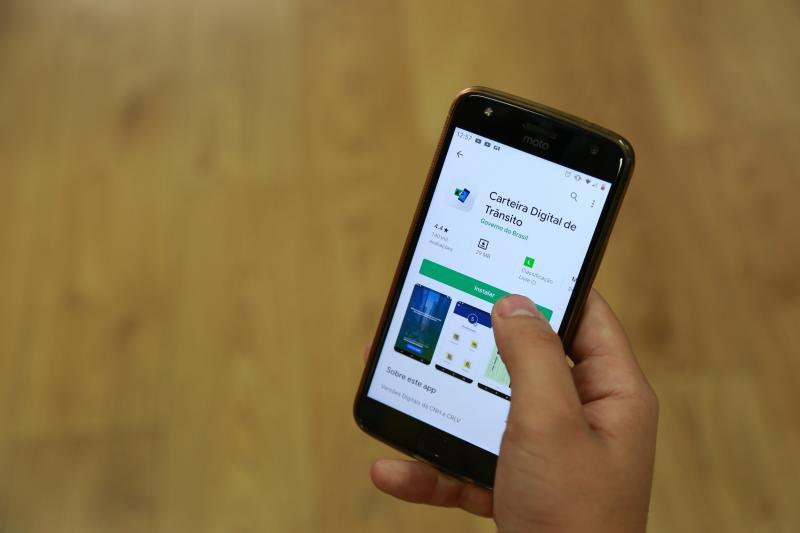 Pedro Silva - Aplicativo da CNH Digital pode ser baixado gratuitamente para sistemas IOS e Android