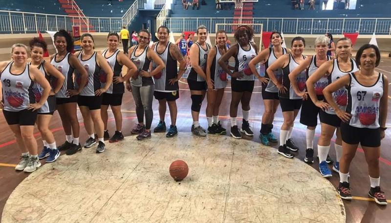 Arquivo/IBMS - Há cinco anos, as amigas do basquete criaram o instituto para praticar o que amam