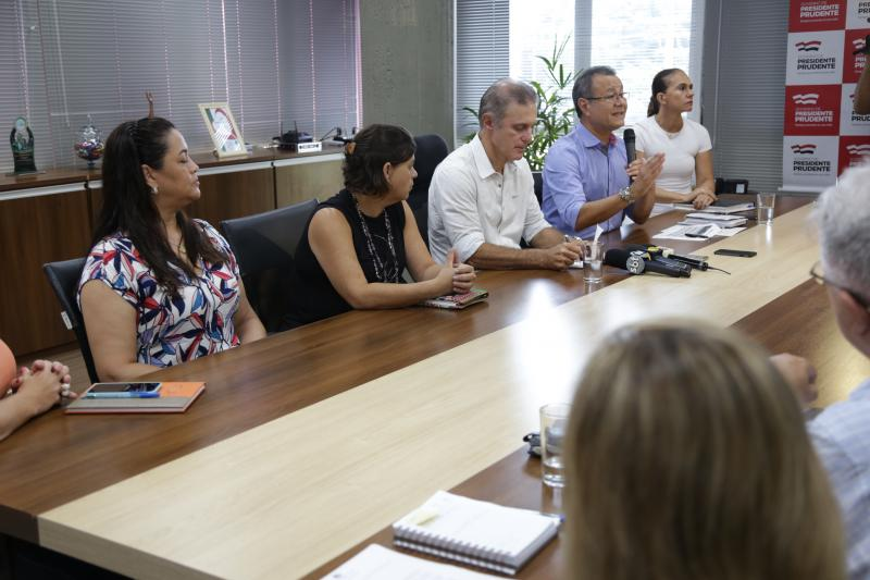 Isadora Crivelli - Prefeito e representantes da saúde apresentaram o novo protocolo de atendimentos
