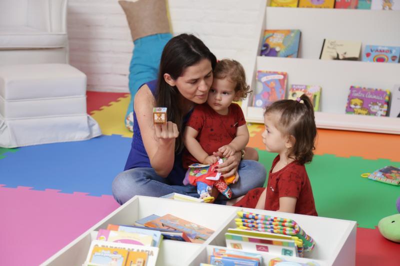 Fotos: Weverson Nascimento - Na tarde de ontem, a gravação de um vídeo institucional reuniu bebês na Bebeteca