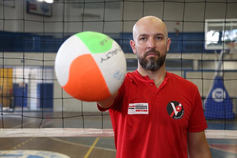 Foto: Weverson Nascimento - Fernando Fabin do vôlei: 15 anos de experiência como atleta e quase 7 como treinador
