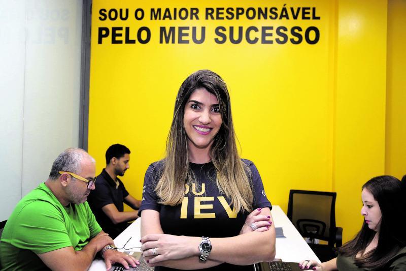 """Weverson Nascimento:Ieda Brandão, diretora do IEV Presidente Prudente e """"vendedora apaixonada"""""""