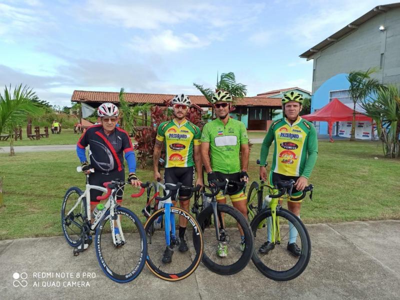Foto: Cedida - Quarteto Lobo: ciclismo é tradição da família prudentina desde os anos 50