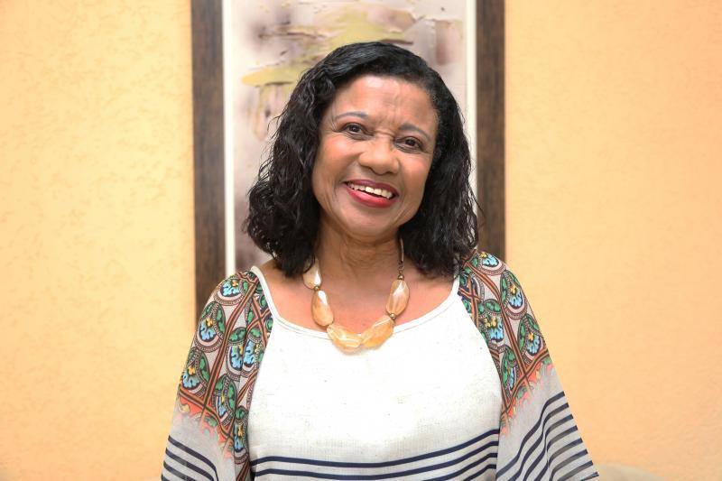 Weverson Nascimento - Édima de Souza Mattos está entre a minoria de negros doutores no Brasil