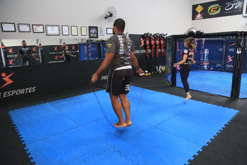 Foto: Marco Vinícius Ropelli - O que diferencia um atleta profissional pular corda de uma pessoa no dia a dia é a intensidade