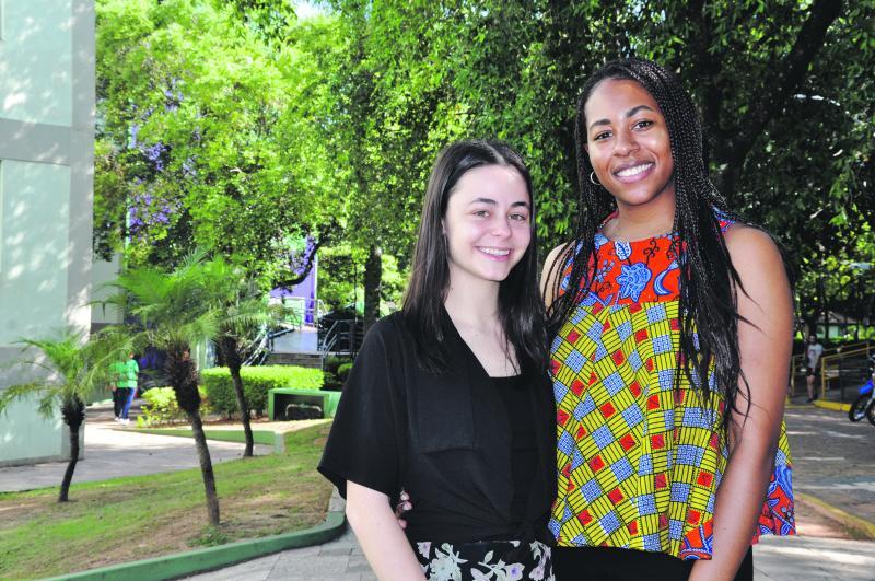 João Paulo Barbosa:Grace e Emily, dos Estados Unidos, fazem intercâmbio na Unoeste