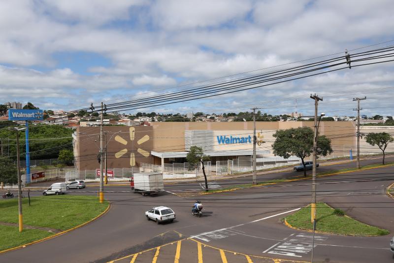Isadora Crivelli - Walmart encerra atividades em 13 de março e entra em reformas em seguida