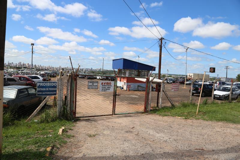 Weverson Nascimento - Prefeitura ofereceu o terreno, onde hoje está situado o Pátio Municipal de Veículos