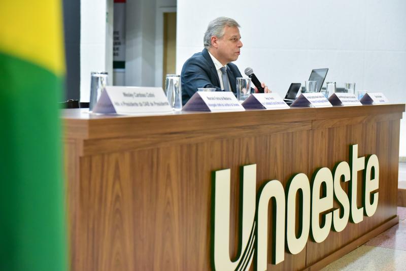 Ector Gervasoni: Desembargador Waldir Sebastião de Nuevo Campos Junior palestra em Presidente Prudente, onde iniciou carreira como juiz, em 1983