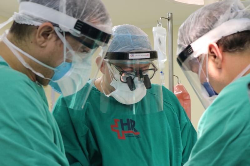 AI HR - Equipe adotou uma série de cuidados para garantir a segurança dos transplantes em meio à pandemia