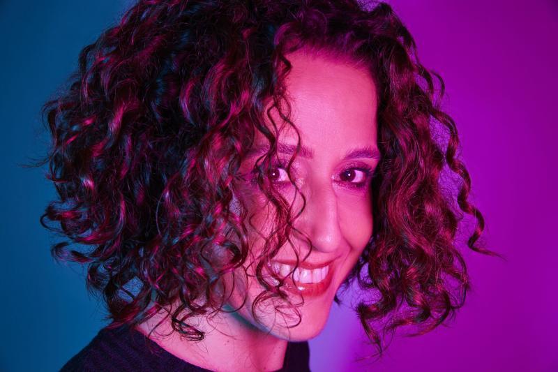 Millena Rosado - Fernanda Porto, tem postado nas plataformas digitais mini documentários sobre seu processo criativo e sua carreira
