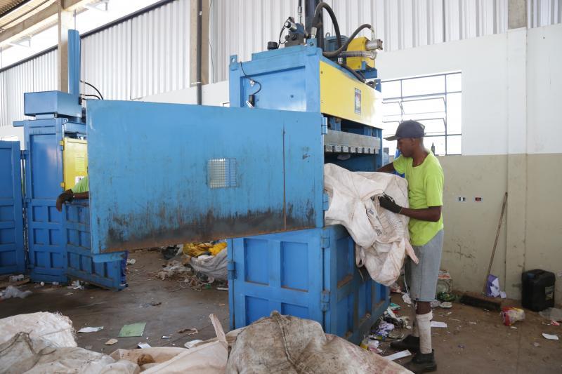 Arquivo - Cooperados seguem os trabalhos com cuidados de higienização redobrados