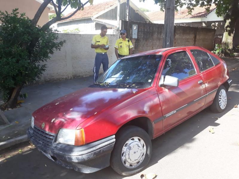 Arquivo - Objetivo da ação é retirar carros em estado de abandono das ruas de Prudente
