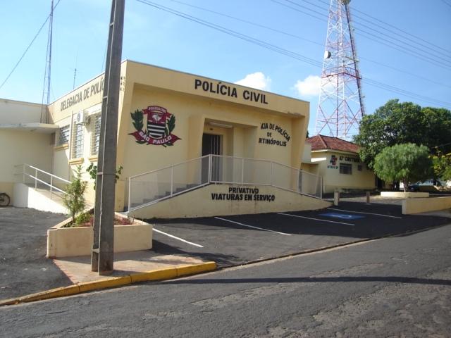 Arquivo - Mulher foi apresentada na Delegacia de Polícia Civil em Martinópolis