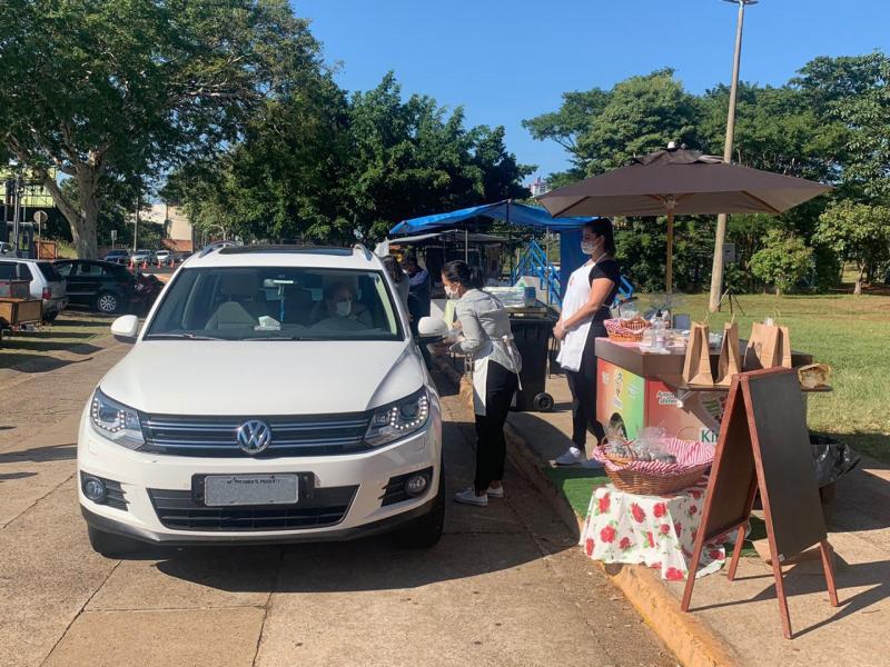 Sinomar Calmona - Primeira edição da feira ocorreu ontem, no estacionamento do Parque do Povo