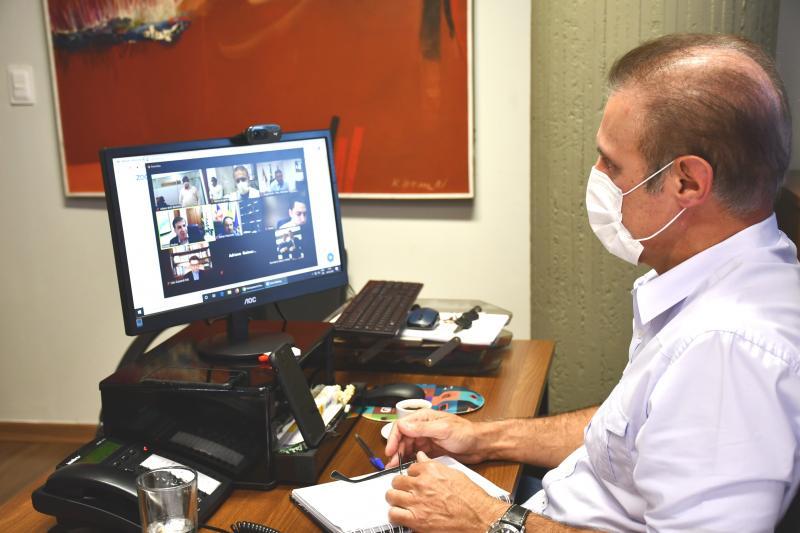 Secom - Prefeito de Prudente, Nelson Bugalho, foi um dos gestores que participaram da videoconferência