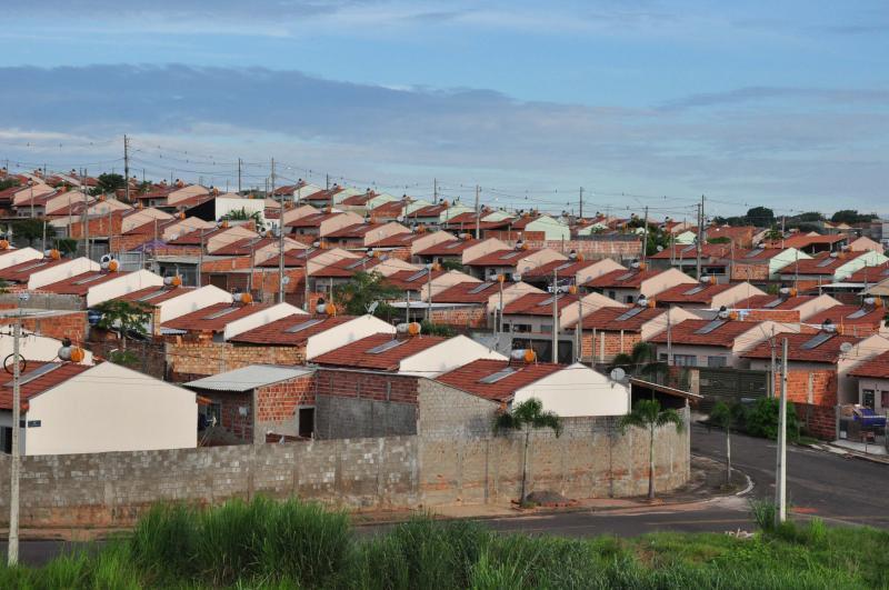 Arquivo -  Empreendimentosestão sendo edificadosemCaiabu(85)eSalmourão(104)