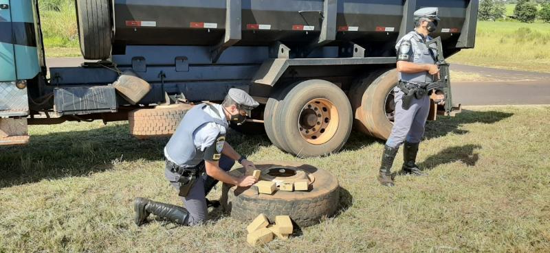 Polícia Militar Rodoviária - Abordagem ocorreu na Rodovia Jorge Bassil Dower, em Rancharia