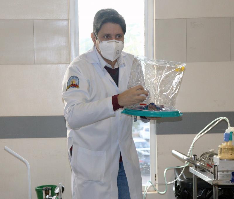 hospital regional de presidente prudente utiliza capacete elmo na enfermaria covid