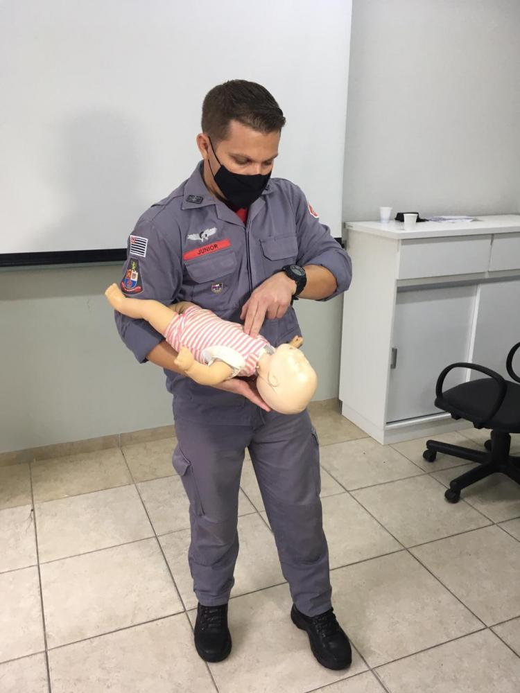 bombeiro salva vida de bebê em presidente prudente