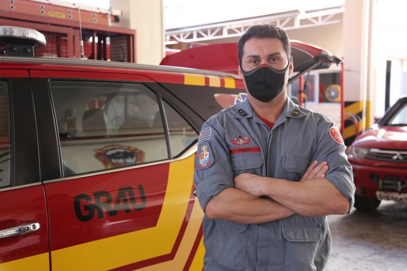 Corpo de Bombeiros da região de Presidente Prudente utiliza vestimenta específica contra contaminação pela covid-19