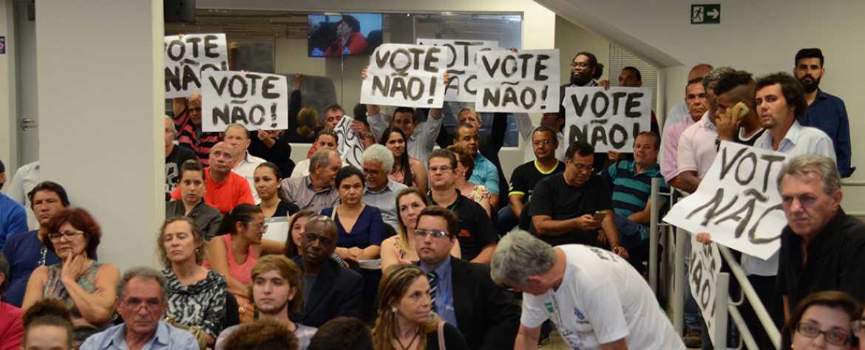 Câmara rejeita projeto que propõe aumento em IPTU