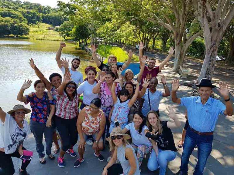 """Projeto """"ESFeliz"""" contempla pacientes da Estratégia de Saúde da Família com passeio"""