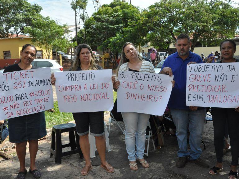 José Reis, Em sua segunda semana, movimento já conta com adesão de, em média, 120 trabalhadores