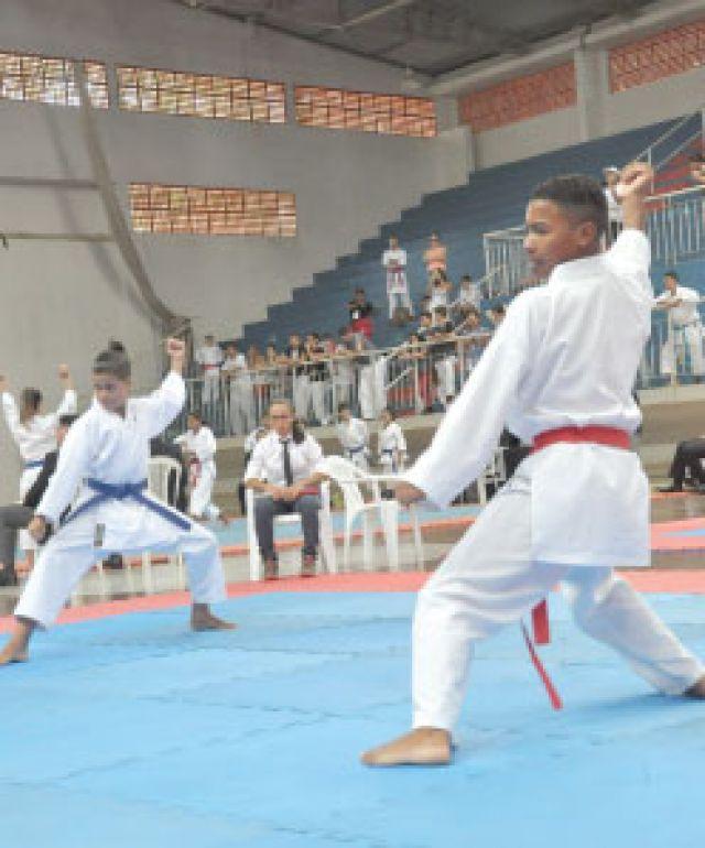 José Reis, Organização estima que, ao todo, fase contou com aproximadamente 400 atletas, ontem