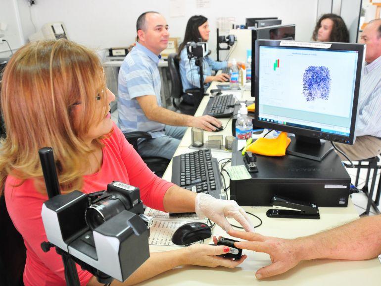 Arquivo - De um total de 124.117 eleitores de 14 cidades, 101.332 cadastraram a biometria no prazo