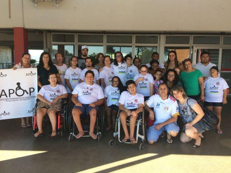 Cedida/Marcos Chicalé - Equipe de natação participa de festival preparatório para as competições durante a temporada