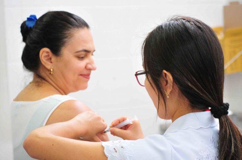 Marcio Oliveira, Ação foi realizada ontem, com vacinação para grupos prioritários