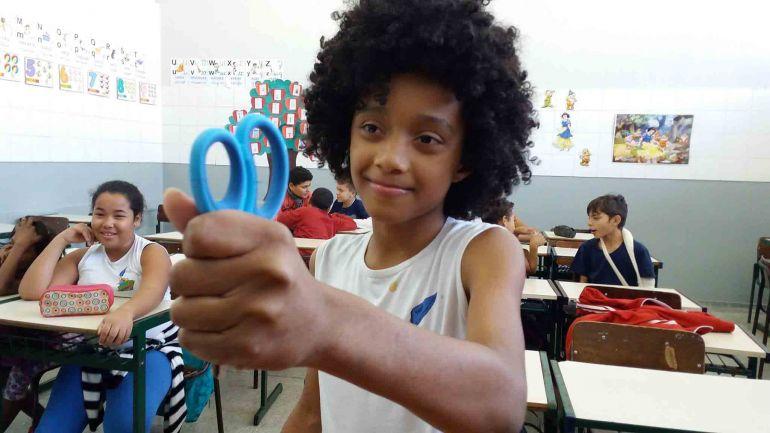 Cedida. Professor Itamar Xavier diz que obra com o rosto do aluno Otavio Micael Lima Souza será cadastrada no site de recordes brasileiro, e em no Guiness Word