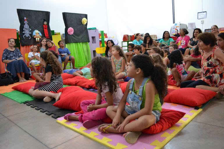 Divulgação / Lincoln César:Crianças e adultos podem viajar no mundo imaginário através da contação de histórias