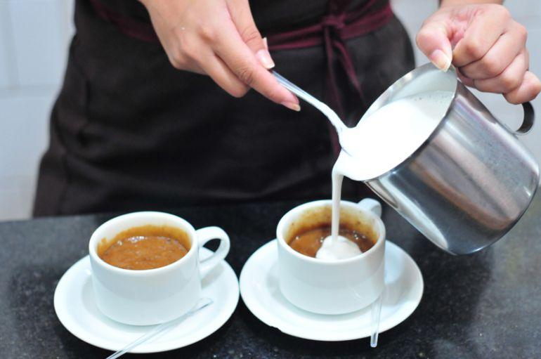 Marcio Oliveira - Procura por bebidas quentes na época mais fria do ano aumenta em cerca de 30% em estabelecimentos do ramo