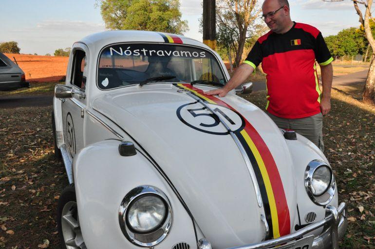 José Reis - Thierry passa férias no Brasil e mostra seu fusca, com as cores da Bélgica, comprado há 18 anos