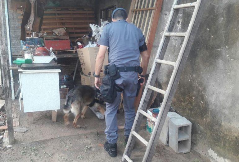 Polícia Militar de Pacaembu - Operação policial identificou traficante em pensão localizada em Pacaembu