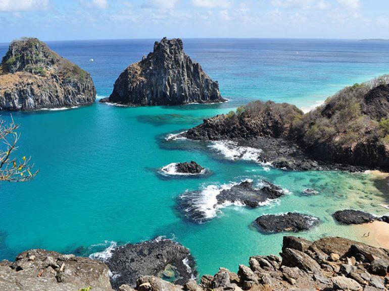 Cecília de Sá Pereira - Baía dos Porcos (2º lugar, dentre as praias mais bonitas do Brasil), parece uma piscina de peixes coloridos