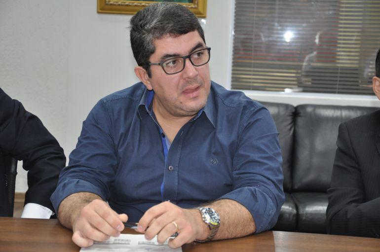 Arquivo - Marcos, da UEPP, destaca descrença popular na classe política