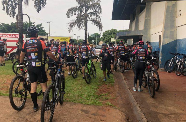 Cedida - Além dos ciclistas, participaram famílias, voluntários, apoiadores e patrocinadores