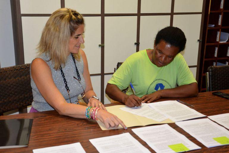 AI da Toledo - Acordo entre a universidade e a cooperativa foi firmado nesta quinta