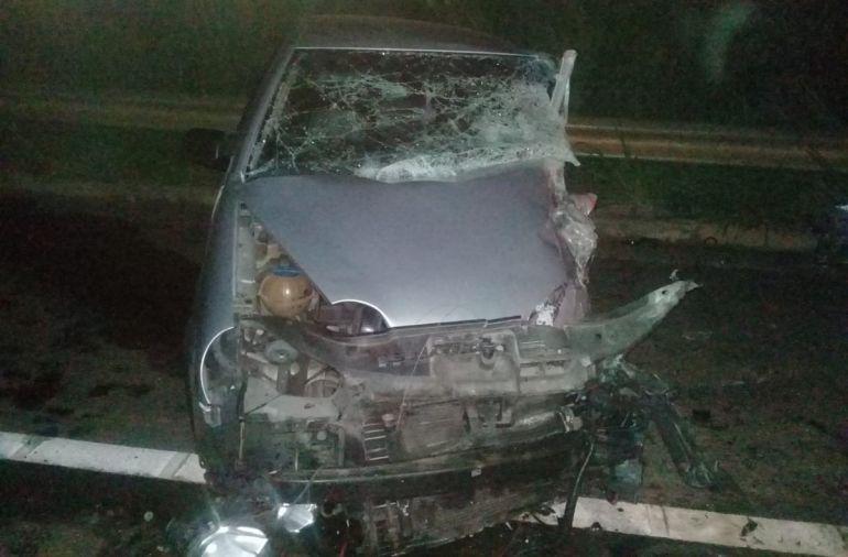 Polícia Militar Rodoviária - VW Polo bateu de frente com caminhonete na madrugada de hoje, na Homero Severo Lins