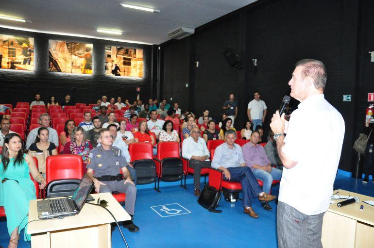 """José Reis:Evento marcou inscrição da cidade no programa """"Município Verde Azul"""""""
