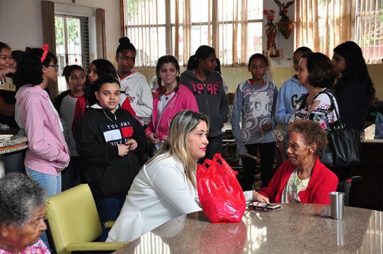 José Reis - Estudantes entrevistaram idosos que compartilharam experiência de vida