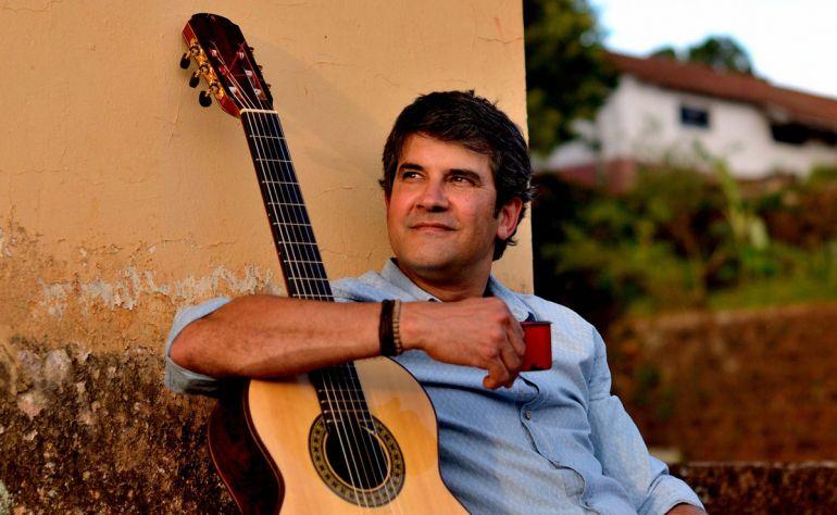 Divulgação - Com carreira iniciada em Botucatu, Cláudio Lacerda sempre esteve ligado à música sertaneja tradicional