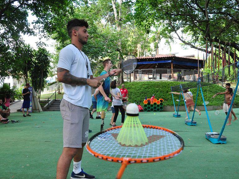 José Reis - Petecas e raquetes se tornaram instrumentos de diversão ontem
