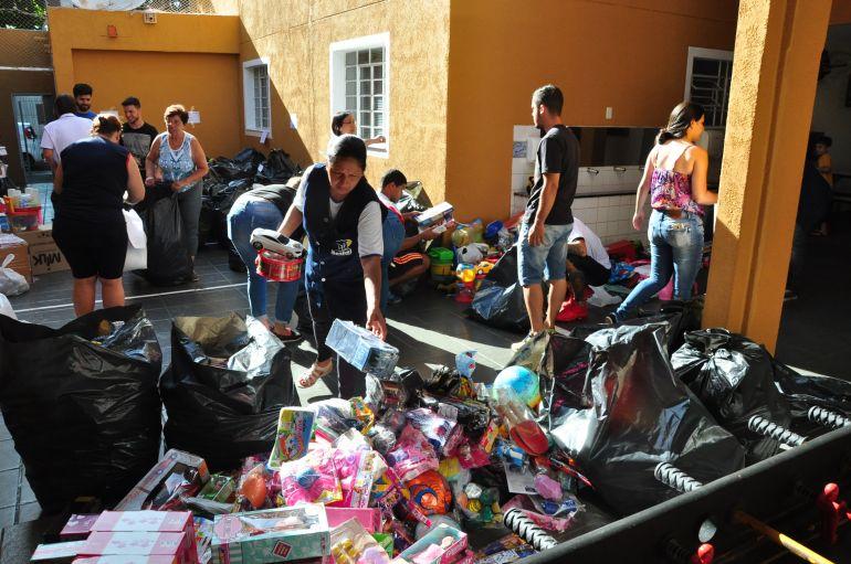 José Reis - Representantes de entidades acompanharam entrega debrinquedos arrecadados durante a campanha